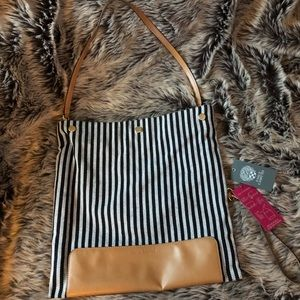 VINCE CAMUTO 3-IN-1 HANDBAG-NEW WITH TAGS